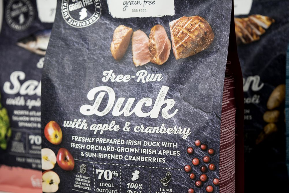 connolly's red mills go native dog food with duck, apple and cranberry